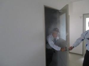 煙体験訓練写真 (4)